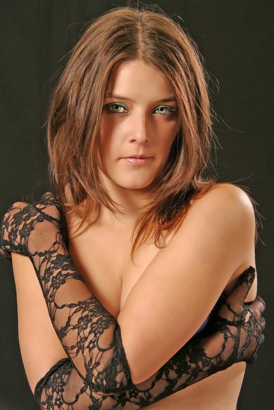 Female model photo shoot of Harleen Hush by Smile Studios