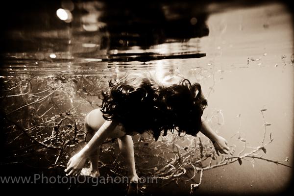 http://photos.modelmayhem.com/photos/101023/20/4cc3ab4c15a94.jpg