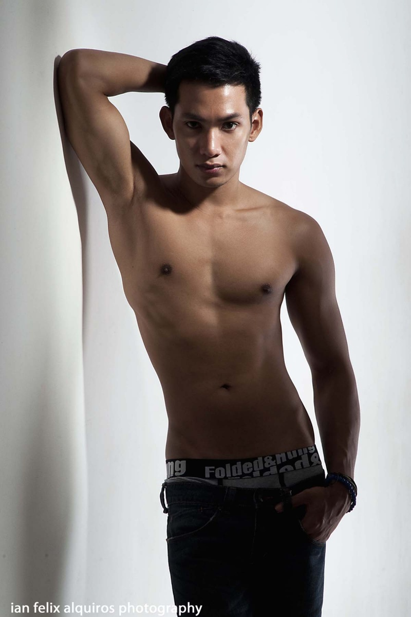 theROOM Photography Studio, Quezon City, PH Oct 26, 2010 Ian Felix Alquiros Photography Gic Aquino for 2010