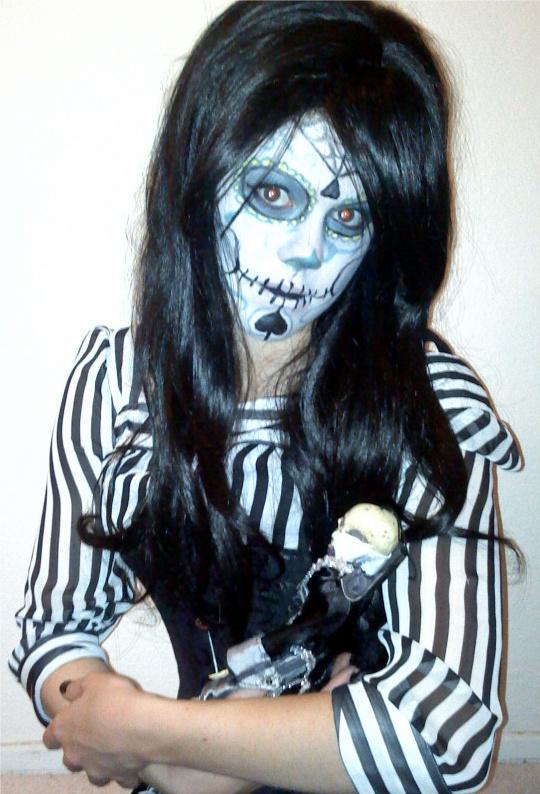 Oct 26, 2010 Dia de los Muertos. Make up done by me.