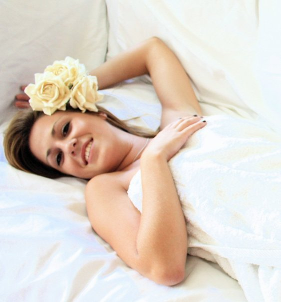 Female model photo shoot of Courtney Moore