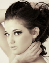 http://photos.modelmayhem.com/photos/101026/20/4cc798d399823_m.jpg