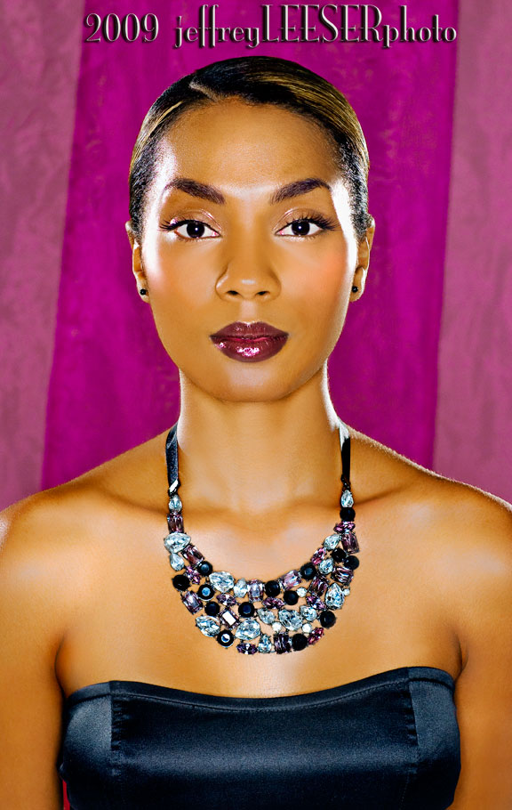 Female model photo shoot of Tia H