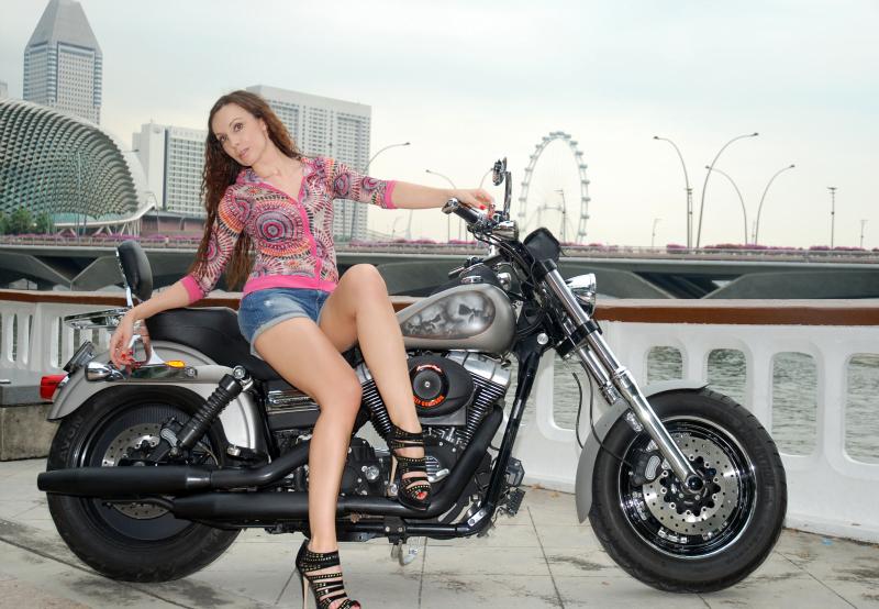 http://photos.modelmayhem.com/photos/101028/03/4cc9548955de5.jpg