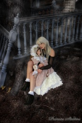 http://photos.modelmayhem.com/photos/101029/21/4ccba05789841_m.jpg