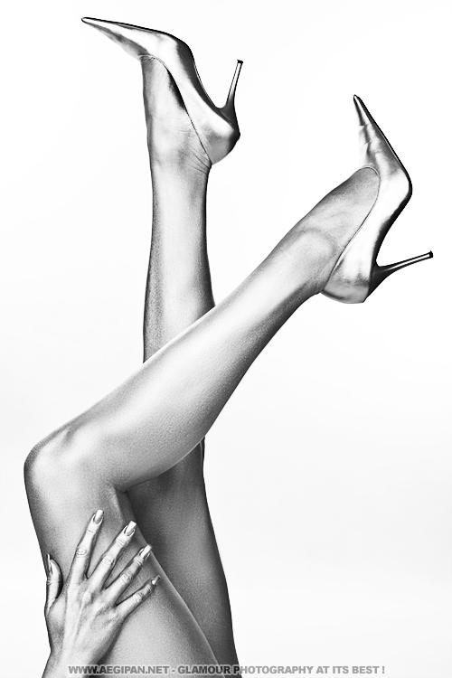 Studio Images dElles Nov 02, 2010 AEGIPAN 2010 Sexy Silver Legs