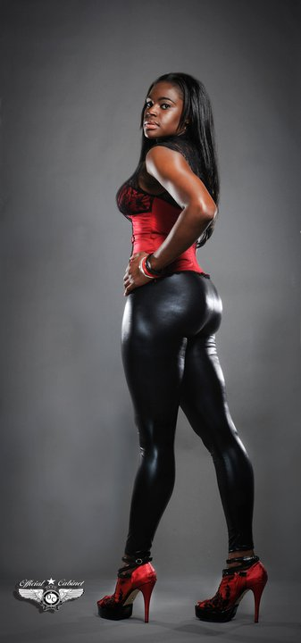 Female model photo shoot of D Maddoxx by MARK H THOMPSON