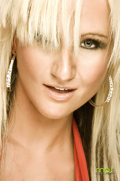 murfreesboro tn Nov 04, 2010 mr photo studios/ mua: makeup by missy love my hair messed up