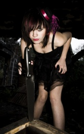 http://photos.modelmayhem.com/photos/101104/07/4cd2be5c523cd_m.jpg