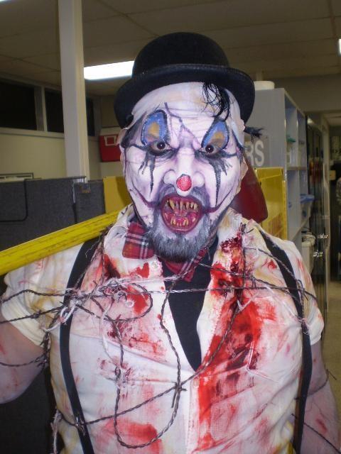 San Antonio, Tx. Nov 04, 2010 Sergio Guerra Carnie Clown