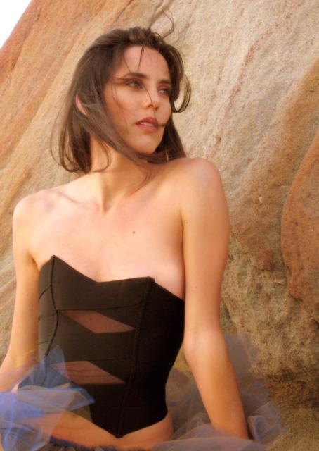 Female model photo shoot of DebbieZ