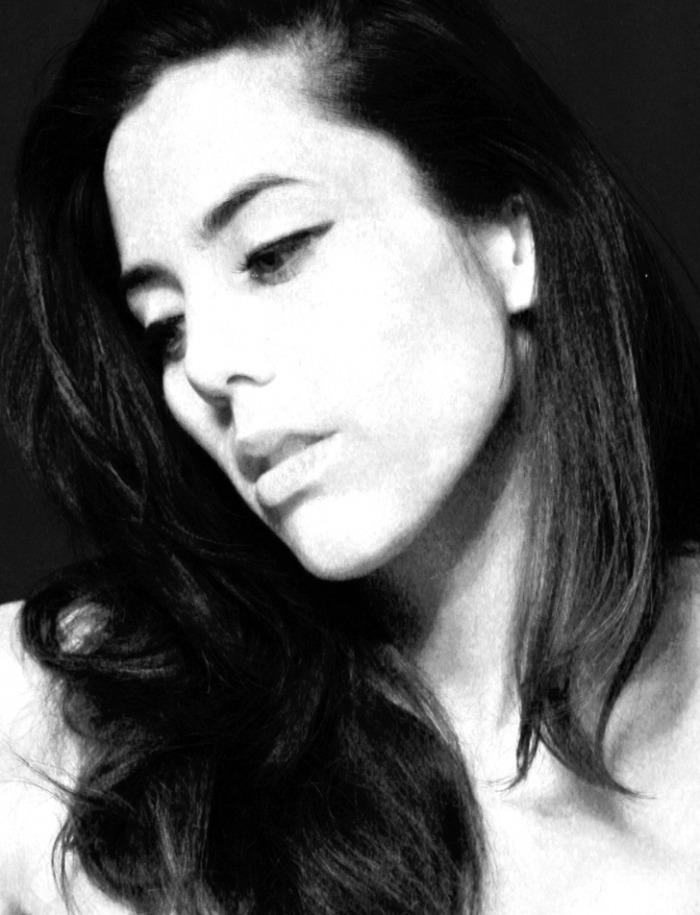 Female model photo shoot of DebbieZ by d7 photo