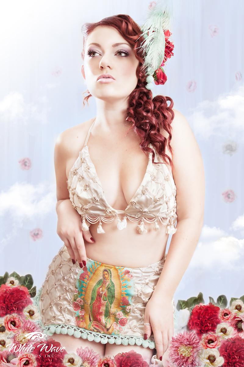 Nov 05, 2010 Photographer: White Wave Studios Guadalupe Garter & Bra  - Model: Vanessa Vent