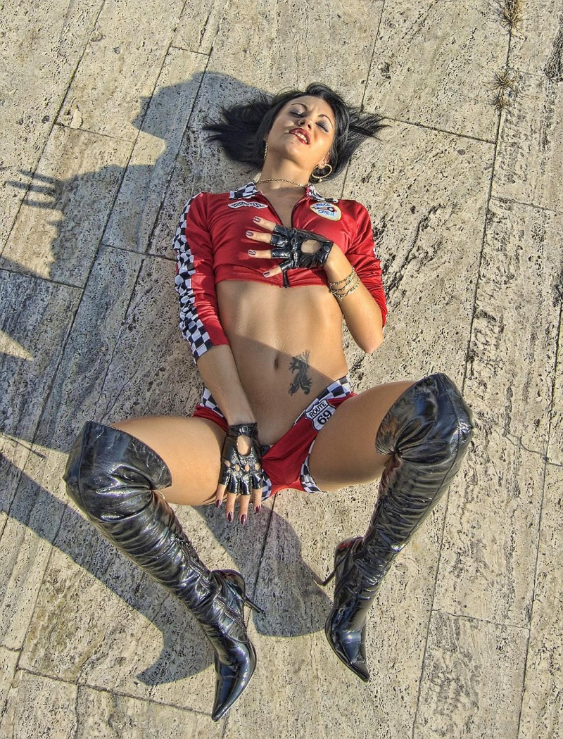 Female model photo shoot of Irina Bacanu