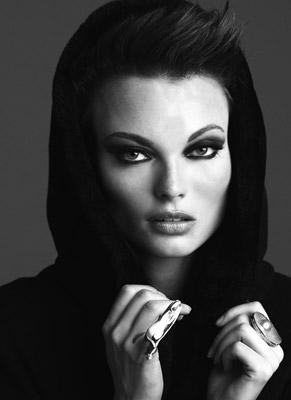 Female model photo shoot of Kaet Lane
