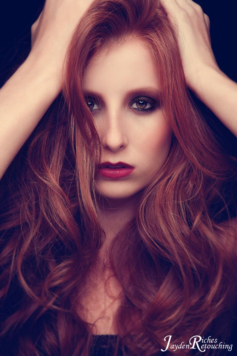 http://photos.modelmayhem.com/photos/101121/14/4ce99a3536510.jpg