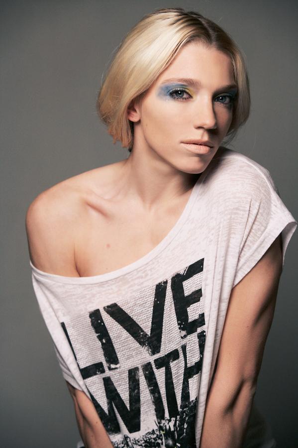 Female model photo shoot of Anniek Vermeulen in @ Micky Jooren