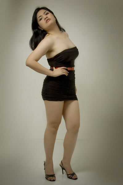 http://photos.modelmayhem.com/photos/101202/20/4cf870867271d.jpg