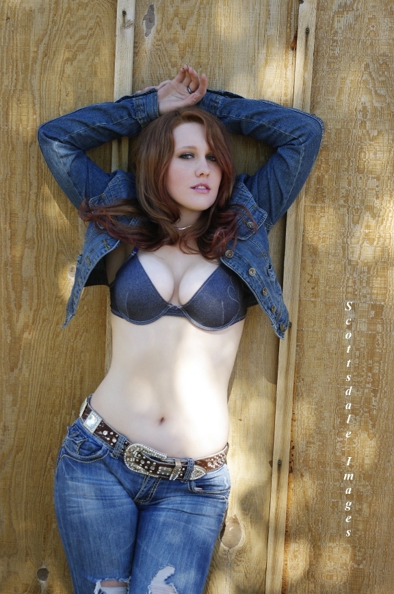 Male and Female model photo shoot of Scottsdale Images and Autumn Ivy in Tucson