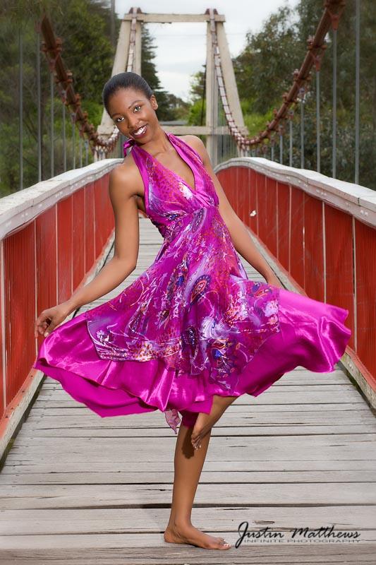 http://photos.modelmayhem.com/photos/101207/22/4cff22afefd2c.jpg