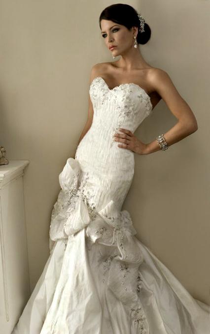 Newtown, Sydney Dec 12, 2010 Ali Groziere Arushie Bridal Couture 2010