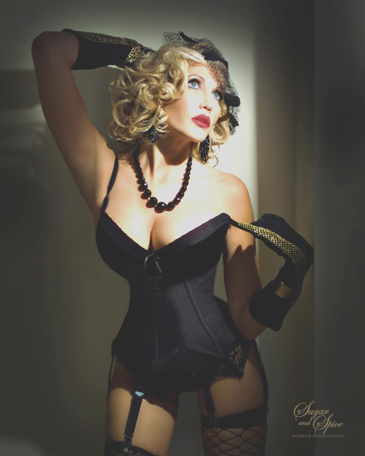 Dec 15, 2010 Sugar and Spice for Deco Drive burlesque segment