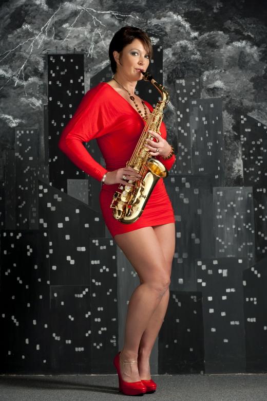 Dec 17, 2010 Sexy Sax
