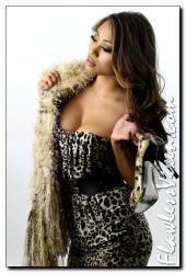 http://photos.modelmayhem.com/photos/101217/16/4d0c001ecc186_m.jpg