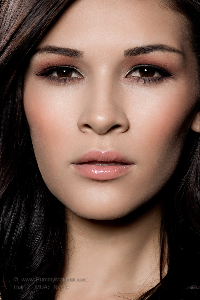 Female model photo shoot of Vixen Venom Makeup and Jillian Nicole Gomez by Rummy