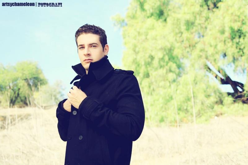 Male model photo shoot of Richard Hochman