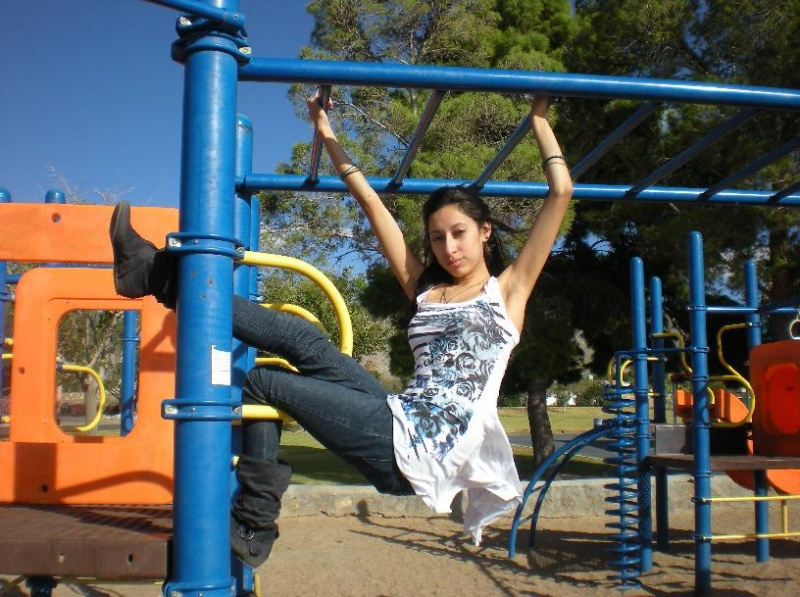 El Paso, TX  local park Dec 25, 2010 My camera no make up