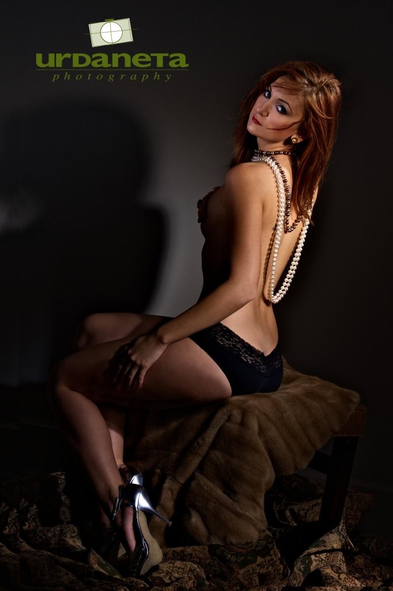 My Studio Dec 28, 2010 ©2010 Urdaneta Photography Yesenia and Pearls