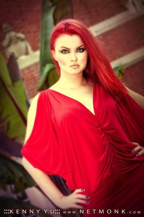 http://photos.modelmayhem.com/photos/101230/03/4d1c6f7d9d3d2.jpg