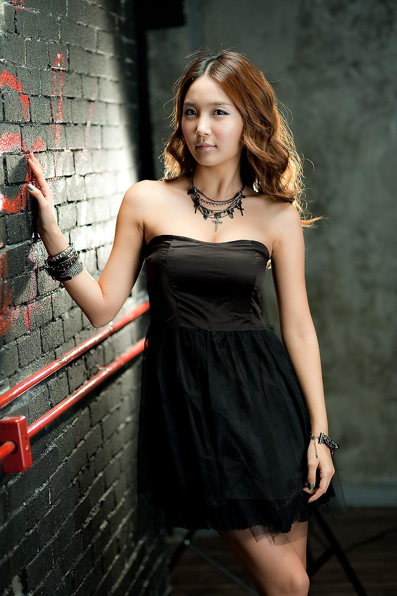 Female model photo shoot of christinaSNOW
