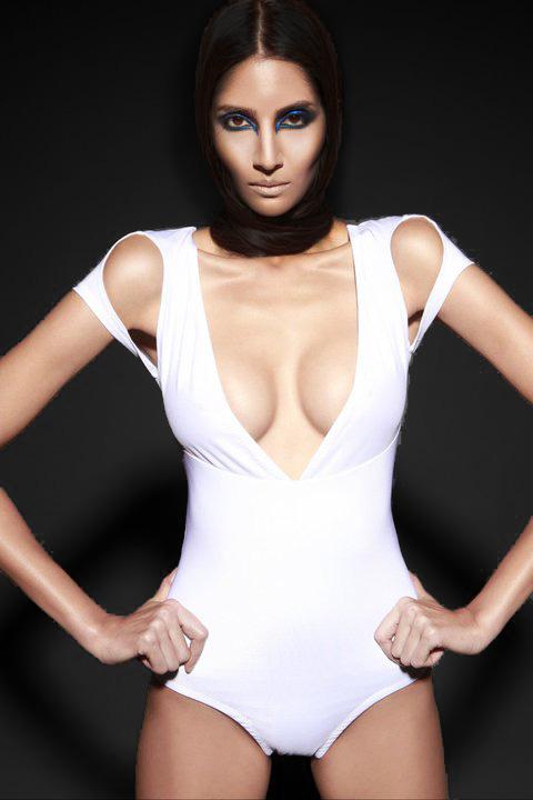 Jan 01, 2011 Shamayim.net (Sneek Peak) Model-Azura(LA Models), MUA-Shon Sanks, Hair-Tymothe Wallace