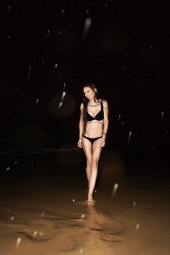 http://photos.modelmayhem.com/photos/110103/18/4d228c95012af_m.jpg