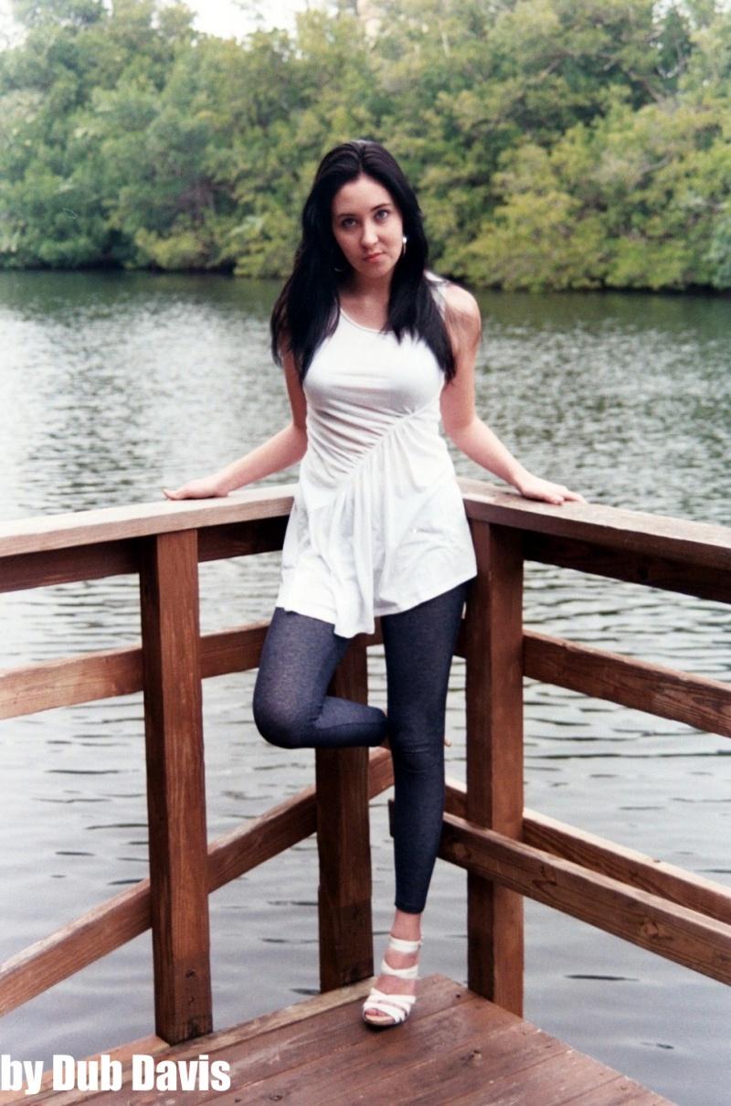 Female model photo shoot of Raya Danielle
