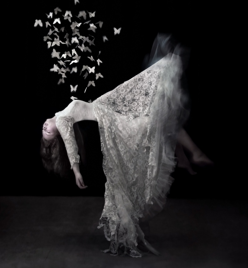 Jan 05, 2011 Hannah Coates, Zest of the Loganberry Photography Mothballs (floating shot)