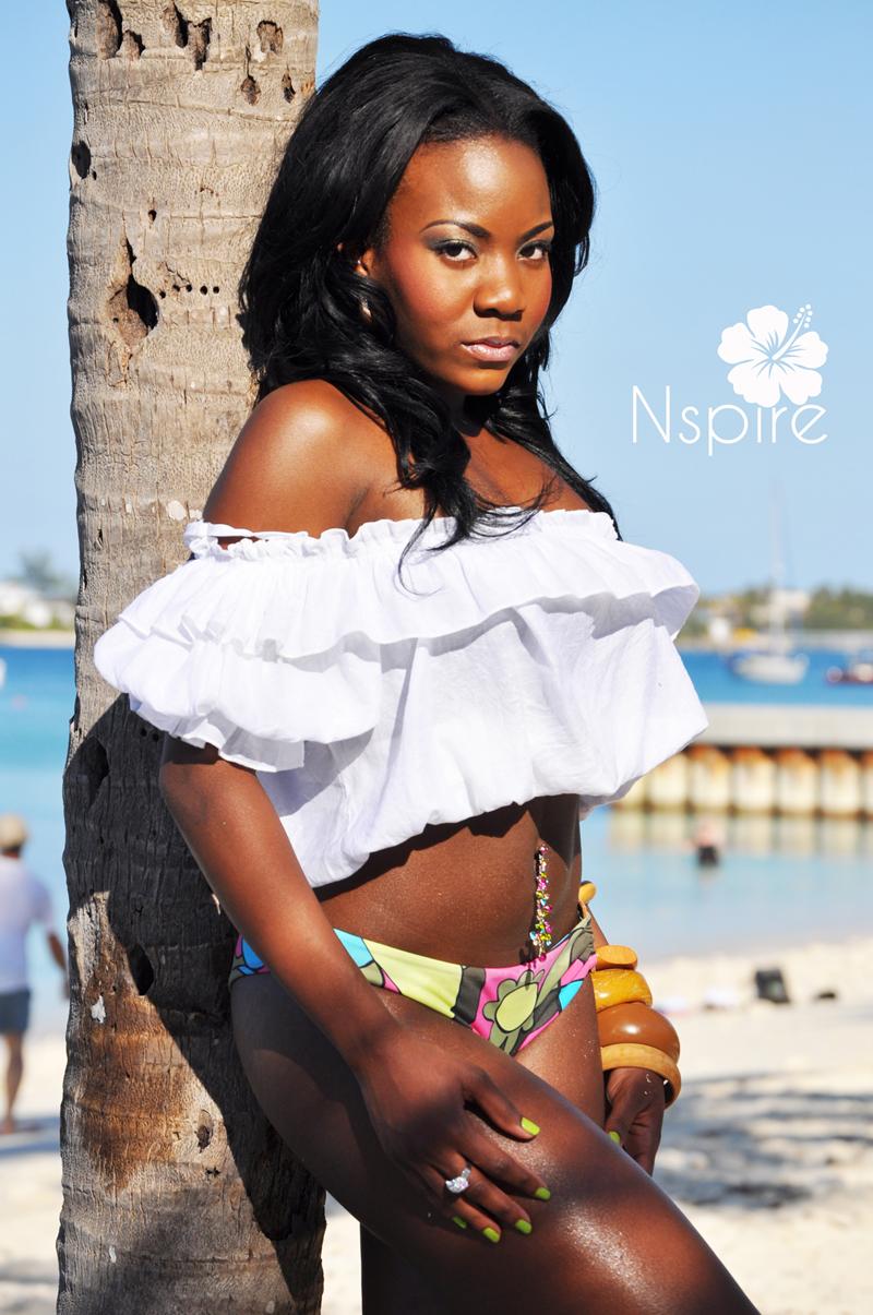 Male model photo shoot of Owen Elliott in Nassau Bahamas