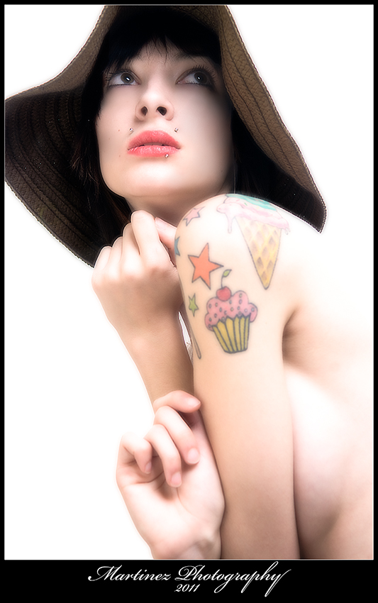 Jan 10, 2011 Martinez Photography ....Hello Cupcake...