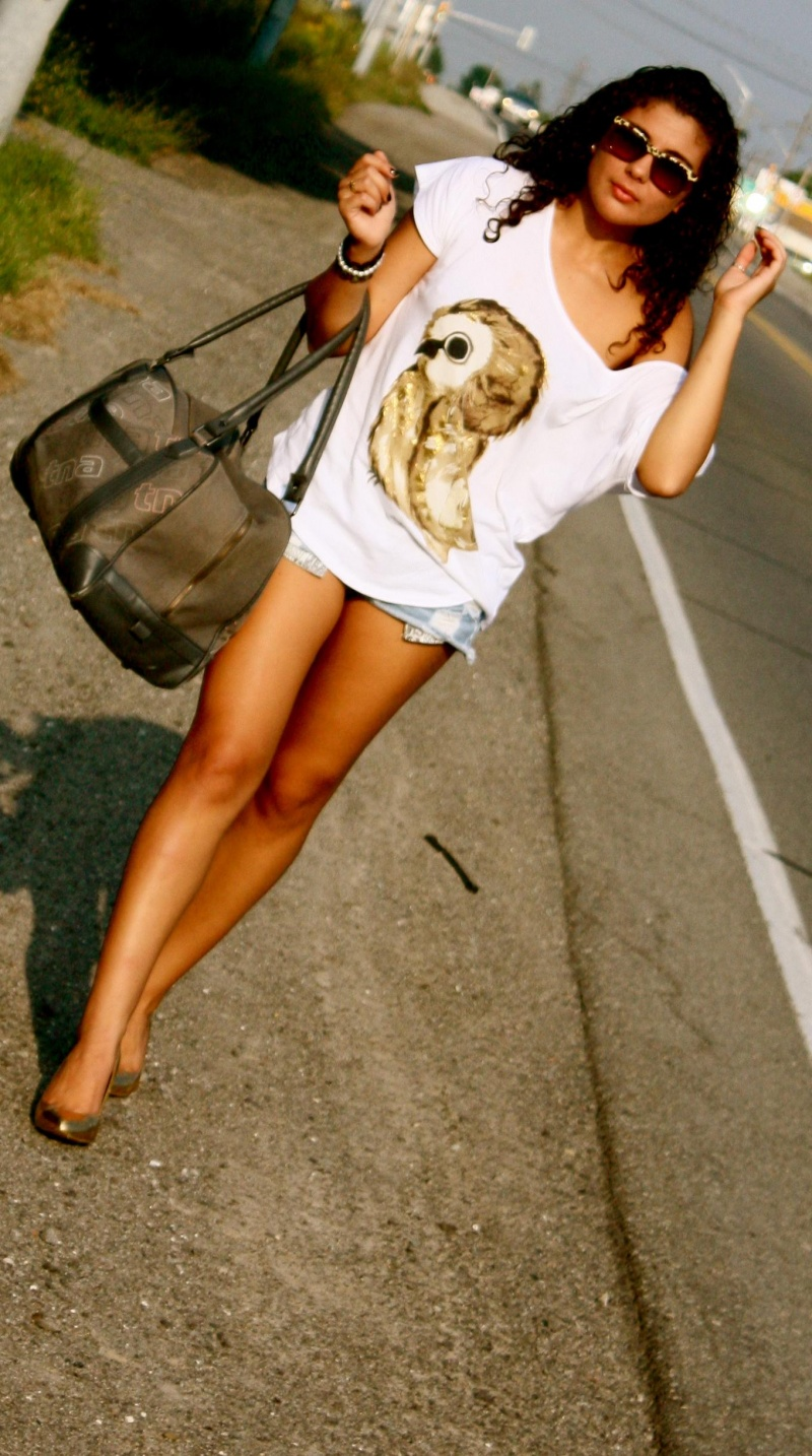 Female model photo shoot of Cassy Car in Niagara Falls
