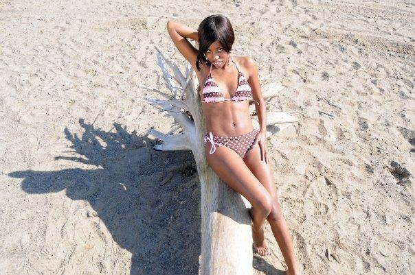 Female model photo shoot of yale d in lake erie