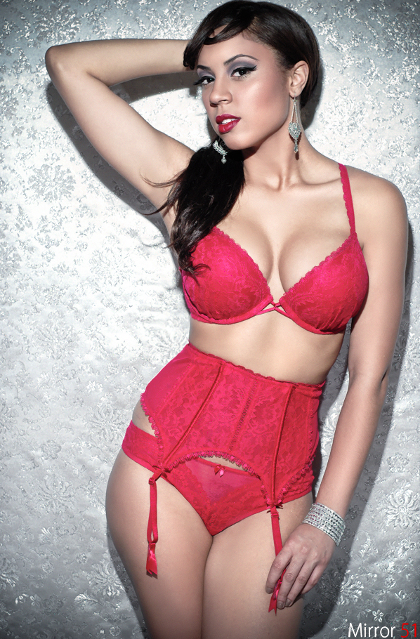 Female model photo shoot of Alicia Placencia