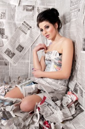 http://photos.modelmayhem.com/photos/110112/00/4d2d68a67bf2c_m.jpg