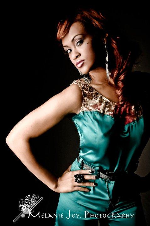 Female model photo shoot of Sana155