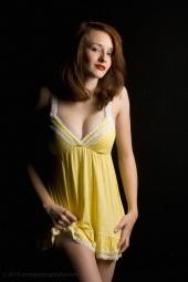 http://photos.modelmayhem.com/photos/110117/20/4d35155e3f403_m.jpg