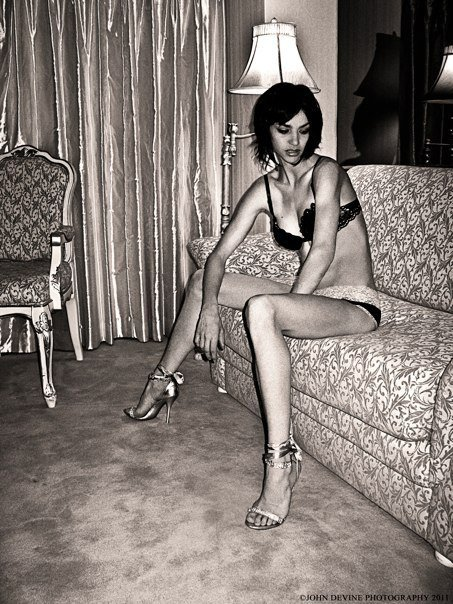 Female model photo shoot of Traci Ashli