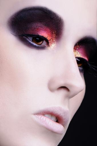 Jan 24, 2011 Jason Tang/ Angela Holthuis Make up macro beauty shot