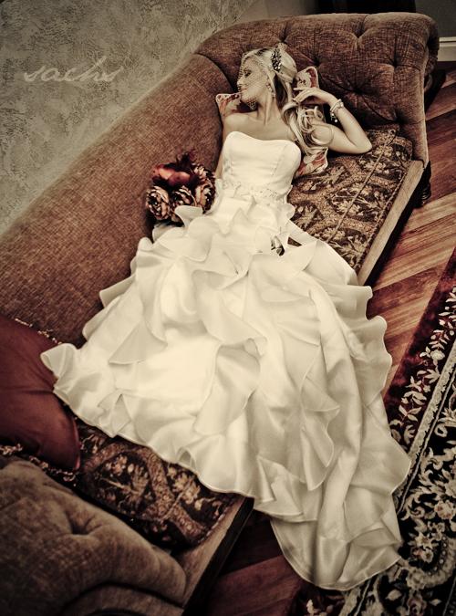 CA Jan 26, 2011 Vivian Sachs Songi Designer Wedding Dresses