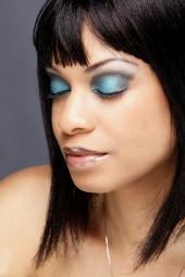 http://photos.modelmayhem.com/photos/110129/05/4d44132a6ff29_m.jpg